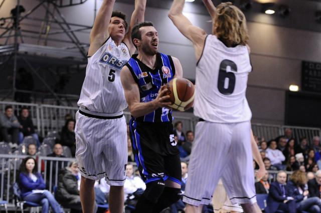 Difesa Cernivani Vitali - Derthona Basket