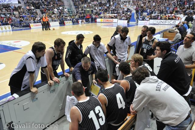 Panchina time out - Derthona Basket